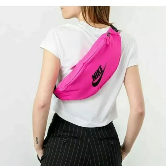 Nike Unisex HERITAGE Fanny Pack Shoulder sling